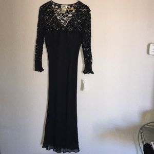 ICE size 6 evening silk and lace dress black